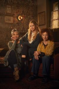 A DISCOVERY OF WITCHES S1 News Szenenbild001
