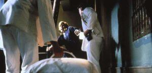 Ambulance Review Szenenbild004