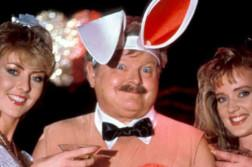 Benny Hill Show Review News Kritik Film Kaufen Serie Shop