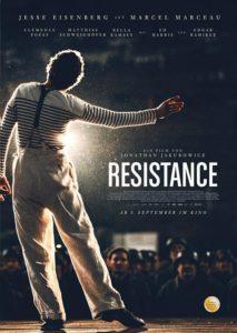 RÉSISTANCE - WIDERSTAND Film 2020 Jesse Eisenberg Matthias Schweighöfer Kino Plakat
