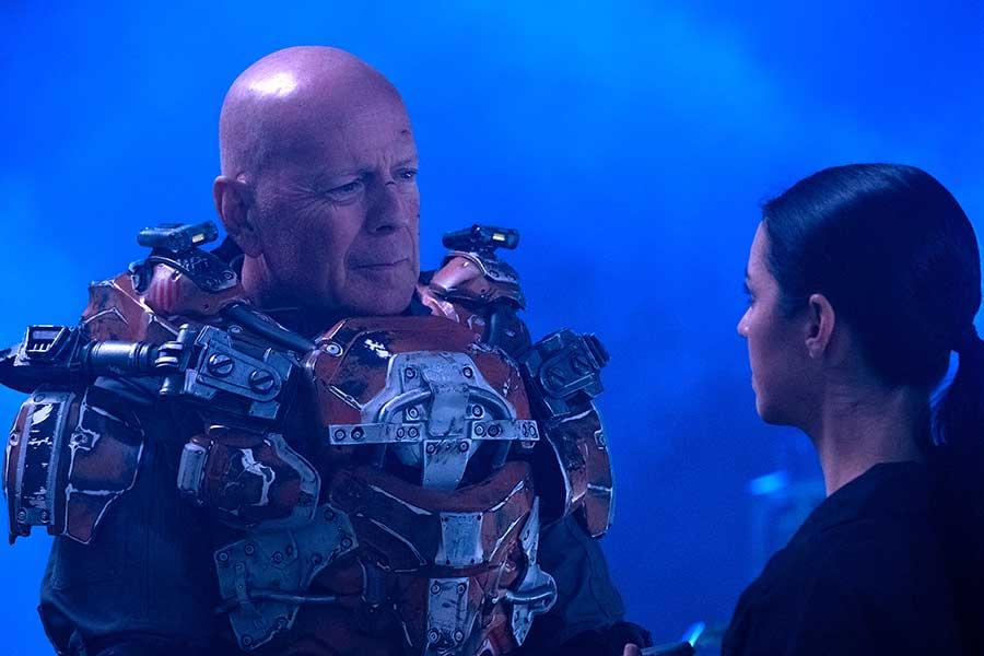 Cosmic Sin - Invasion im All Film 2021 Blu-ray Review Szenenbild